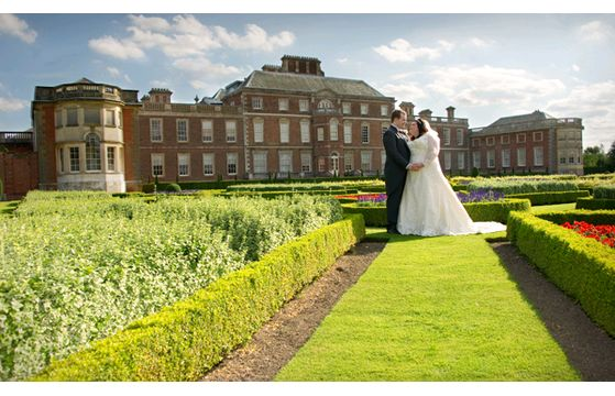Esme & Richard, Wimpole Hall